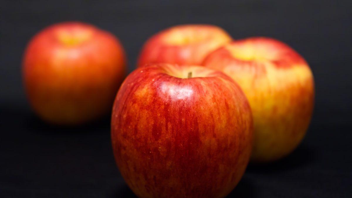 占星術×料理の素敵なマリアージュ 『カスタードたっぷり簡単アップルパイ』