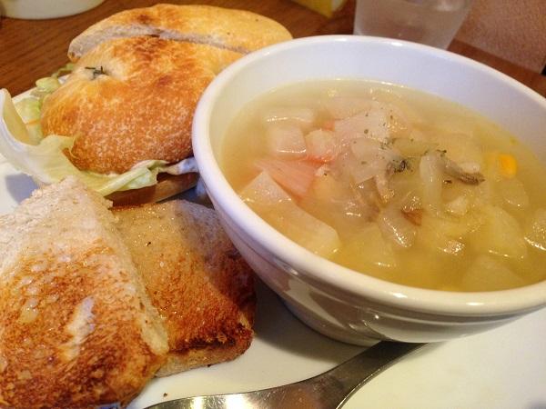 高きびサンドとスープ