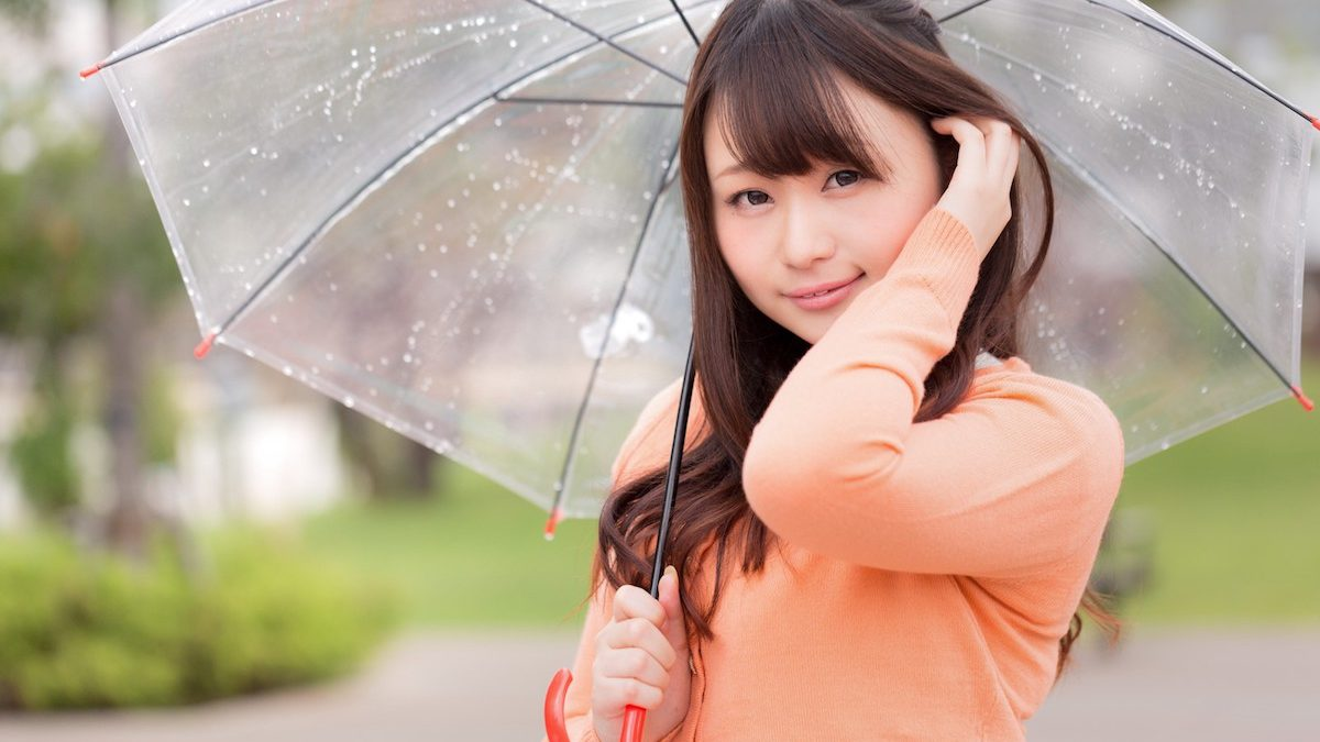 ブレない美人的、梅雨の過ごし方。雨の浄化パワーで心と人生のビジョンをクリアに!