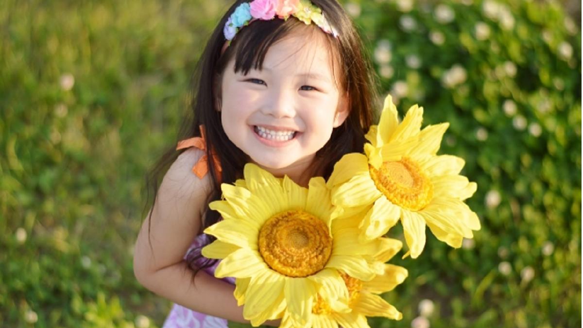 意識して笑顔になると、もっと楽しく人生が変わるよ!