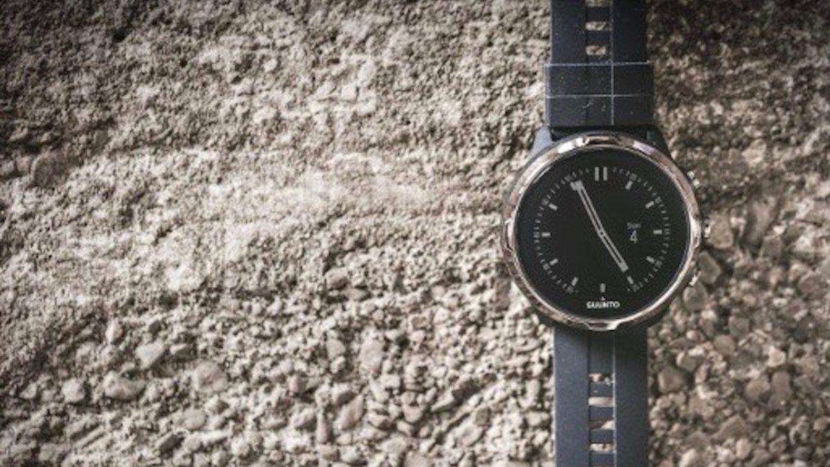 腕時計は丸型? それとも角型? 選び方ひとつで違ってくる運気の流れ