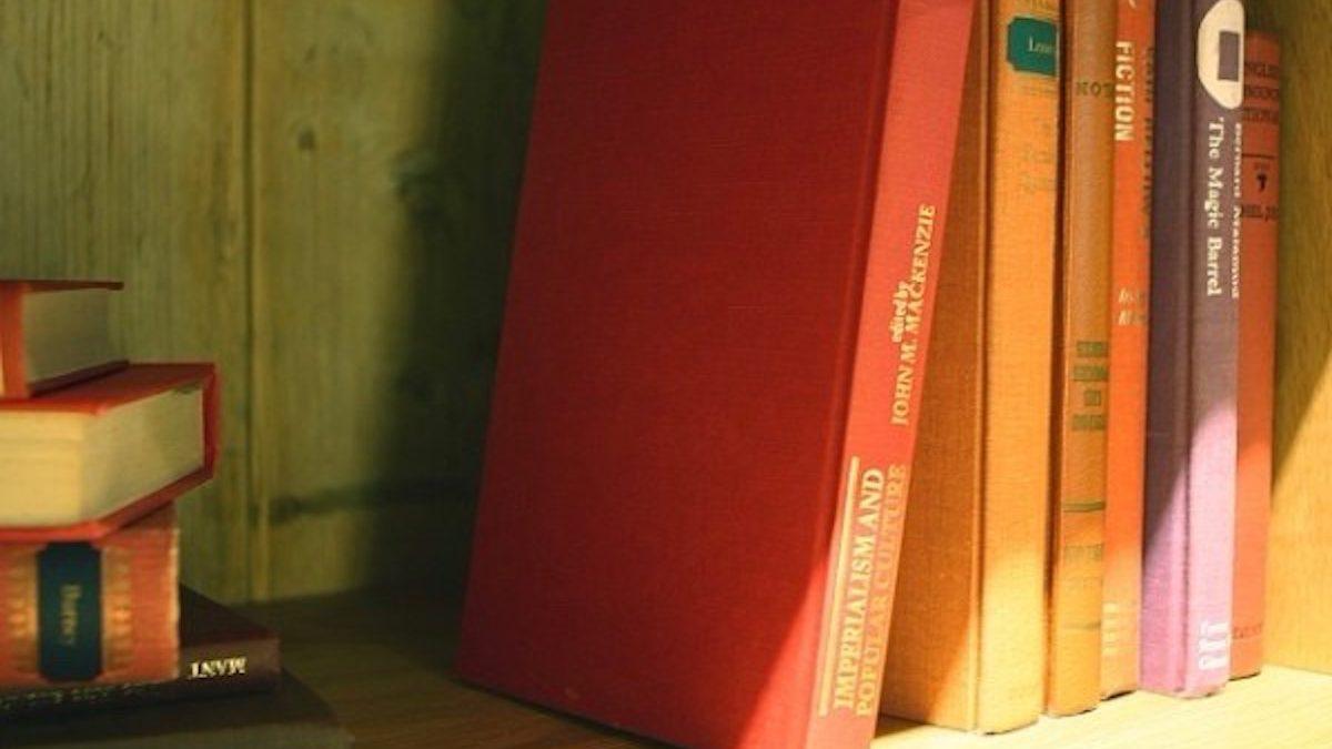 家の中の「紙類」が恋愛運を下げている? 整理をすることで得られるメリット