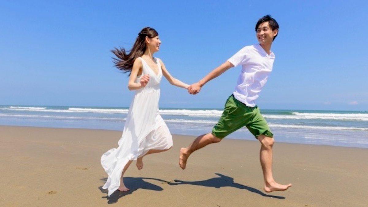 【誕生月別占い】真夏の熱い恋! 10〜12月生まれの8月恋愛事件簿