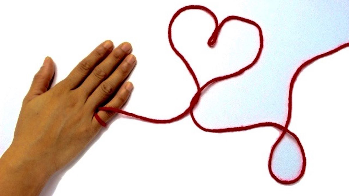 「川越氷川神社」  運命の赤い糸が二人の仲を強く結ぶ?  由緒正しい夫婦円満の神社!