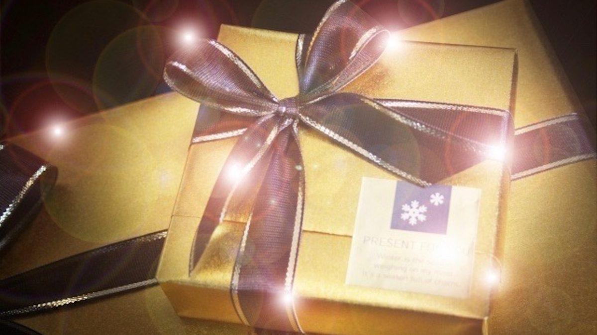 これが欲しい! クリスマスプレゼントを上手に彼におねだりできちゃうコツ3つ!
