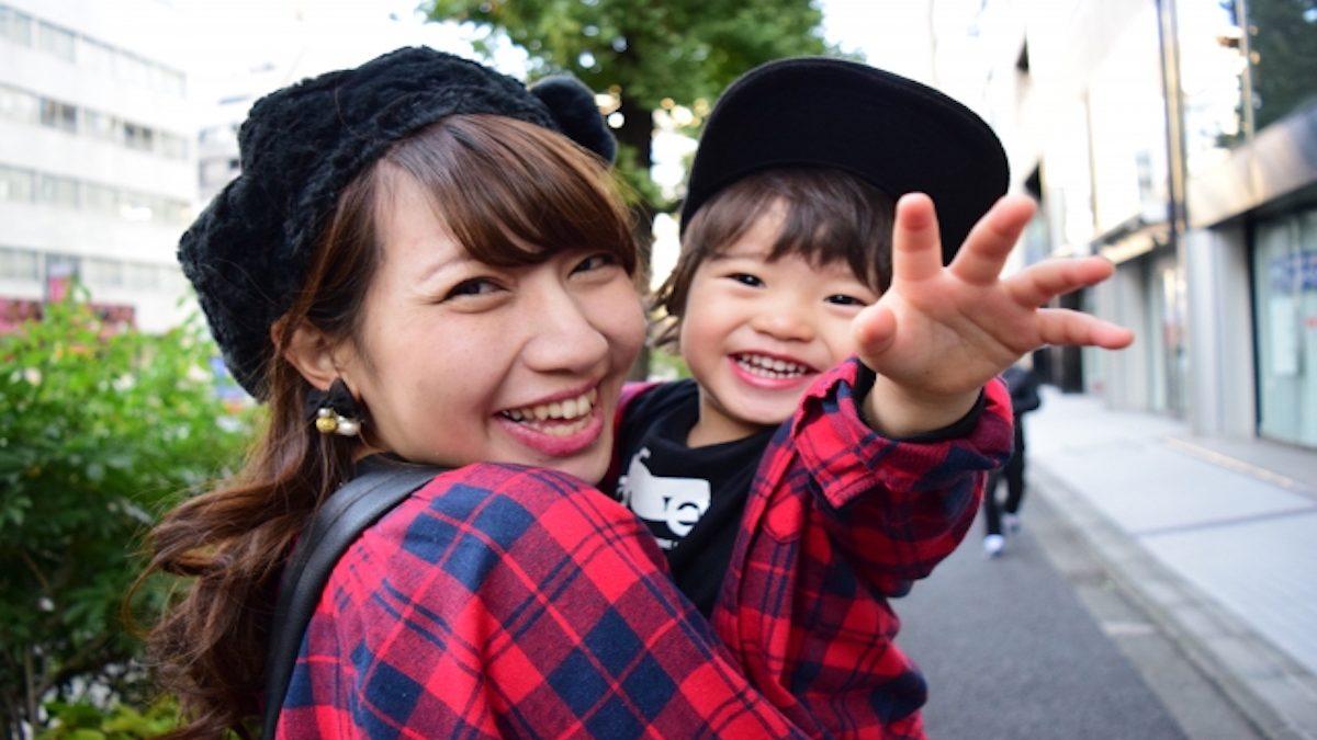 ハッピーと若さを保つ秘訣は、微笑み笑顔エクサでGET!