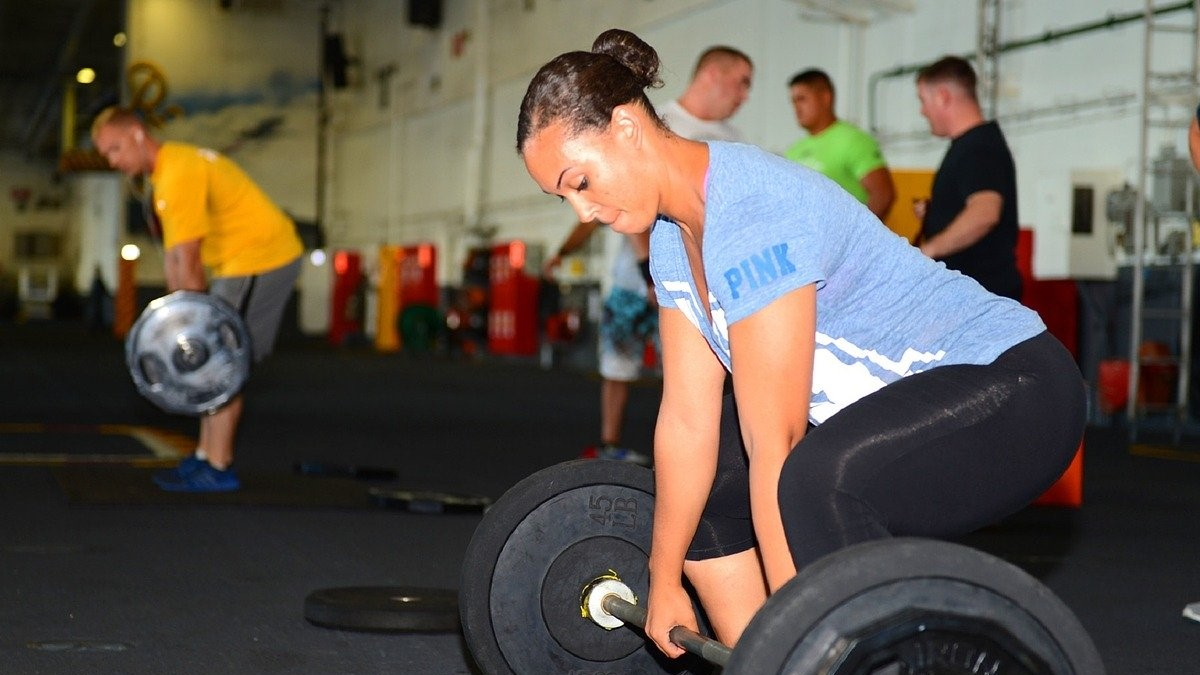 短時間でもいい!筋力トレーニングは今後の人生への最高の美の投資になる!