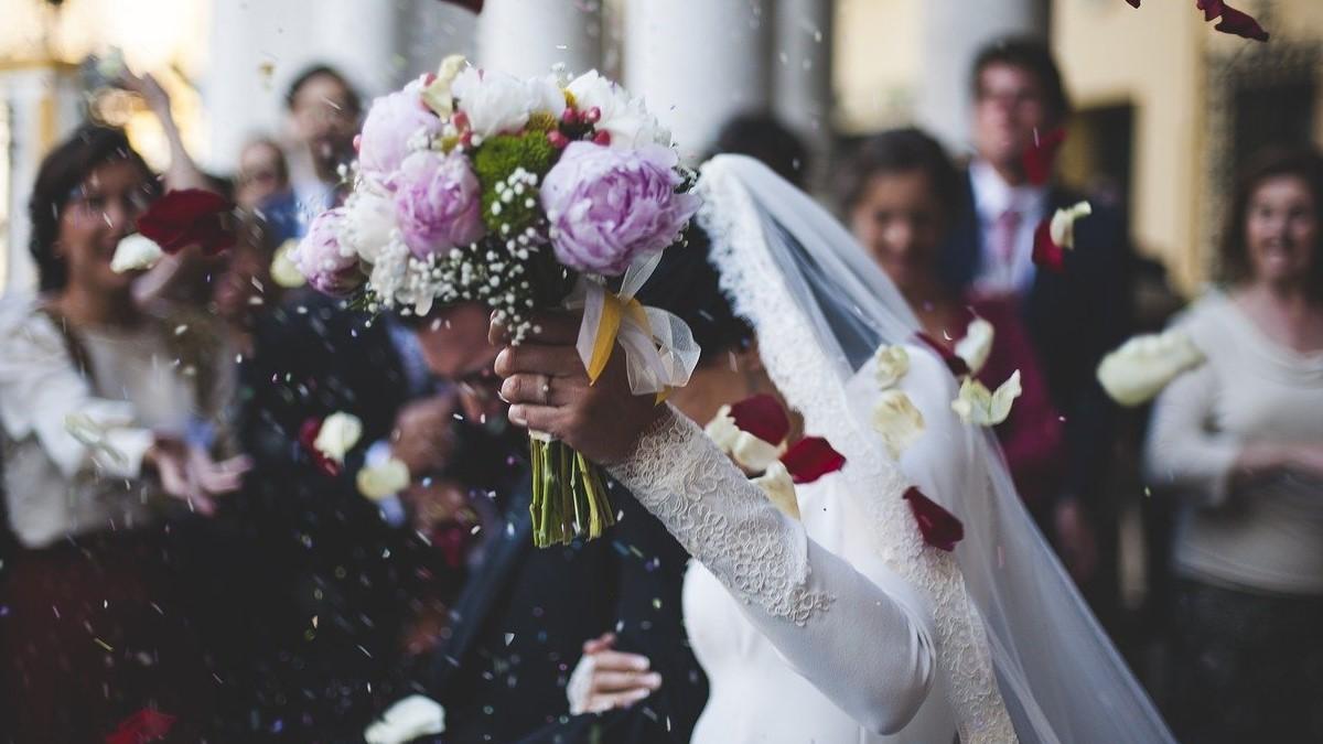 【辛口婚活相談】コロナ禍で婚姻数が減っています!